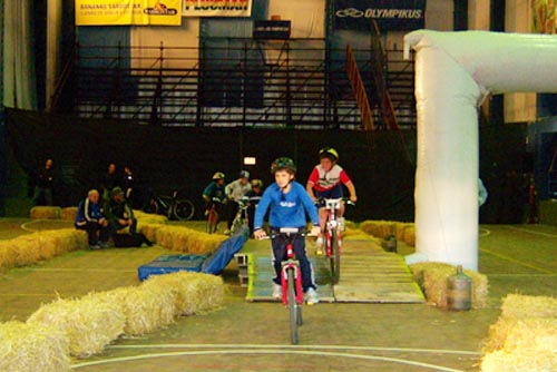 Mountain bike indoor en el Complejo