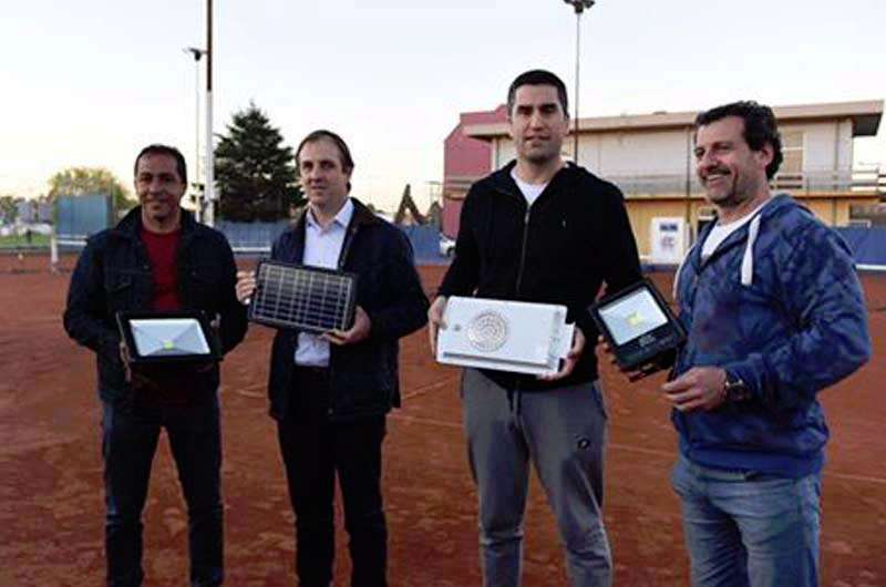 Luces led para las canchas de tenis del Club Independiente